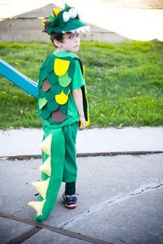 "Make a Crocodile Costume: ""The Clock-o-Dile"" - Pulling Curls"
