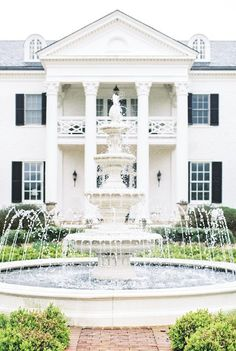 For the first time in 100 years, the 400-acre Edgewood Estate is opening its grounds to the public for special events. Rich in history dating back to the Revolutionary War and Civil War, the land is now home to Keswick Vineyards. Nestled in a valley of...