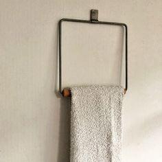 Towel, Storage, Interior, How To Make, Home, Purse Storage, Design Interiors, Towels, Interiors