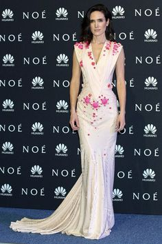 Jennifer Connelly in Givenchy Couture
