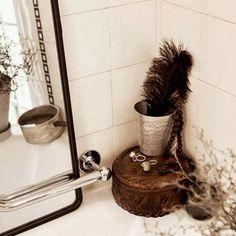 """Casa de banho """"vintage"""" em branco e preto"""
