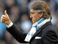Roberto Mancini: he looks gorgeous with that scarf