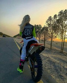 love this photo so much I hate whene someone tell me girls can't ride