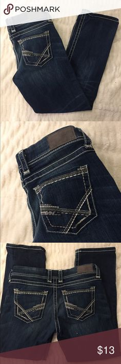BKE Size 30 Capri Jeans Style This BKE Size 30 Capri Jeans Style have no signs of wear or use! There are absolutely no stains or marks!   The in-seems is 26 BKE Jeans