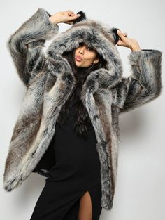 Grey Wolf Jacket SpiritHood
