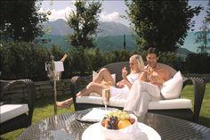 Wellness-Naturgarten zum Relaxen - Verwöhnhotel Berghof 4-Sterne-Superior Salzburger Land Österreich © www.hotel-berghof.com