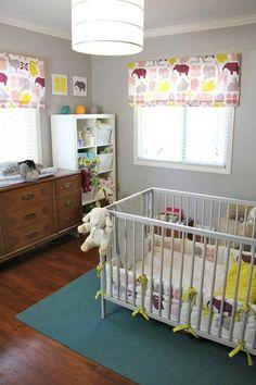 Habitación infantil con preciosos y originales estores / Asher's Modern Nest