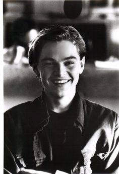 million dolla smile!!! leonardo dicaprio