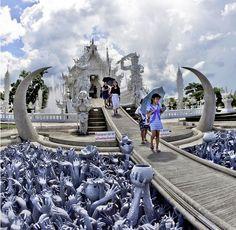 Wat Rong Khun,  Thailanda