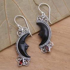 Wiccan Jewelry, Moon Jewelry, Jewelry Art, Jewelry Gifts, Silver Jewelry, Jewelry Ideas, Beaded Jewelry, Moon Earrings, Diy Earrings