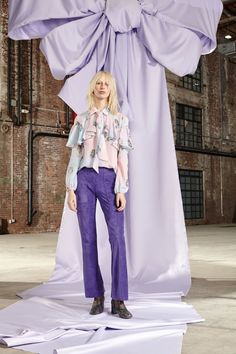 See the complete Cynthia Rowley Fall 2017 Ready-to-Wear collection.