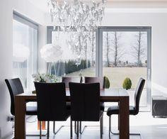 #КАТАЛОГ_SAGARTI ✔️Выбор красивой люстры является не самым обычным, зато очень эффективным решением для организации пространства на кухне. ✨Люстра– это та самая изюминка, которая будет определять весь дизайн! 💫Для классической кухни как нельзя лучше подойдёт люстра с бабочками, декорированная стеклянными или хрустальными подвесиками💫💫💫 (может применяться прозрачное или цветное стекло). ✨С помощью люстры можно сделать уникальный, яркий, стильный интерьер - это выразительный штрих и…