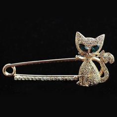 Buyinhouse Ladies Girls Brooches Golden Plated Rhinestones Crystals Green Gem Eyes Cat Brooches Pin Clips All-match Clothing Accessories Suitable for Any Occasions Buyinhouse http://www.amazon.com/dp/B00JQU4YP2/ref=cm_sw_r_pi_dp_RTX8ub01SZDZ3