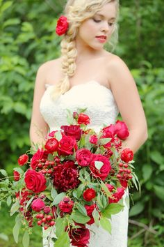 Red Wedding Inspiration Shoot with Julie Roberts Photography and LB Floral.