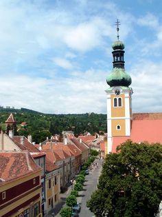 Town of Kőszeg, Western-Hungary Tour Around The World, Around The Worlds, Folklore, Hungary, The Good Place, Building, Places, Travel, D Day
