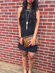 What Nicole Wore: Irresistible Me Hair // @irresistibleme extensions, red lipstick, @kendrascott necklace, leopard clutch