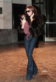 Nov. 16th - NY - Victoria leaving the Four Seasons hotel - 020 - ZIGAZIG HA! Gallery