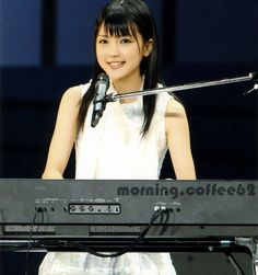 """⭐Old school Momusu & H!P⭐ on Instagram: """"Remember Mano Erina-chan when she started out and always had her electric piano with her? She was very cute😊❤️ #morningmusume…"""""""