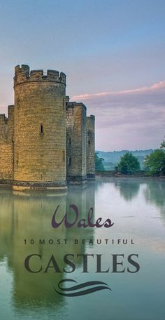 Welsh castles and castles in Wales UK. For art, food and travel, head to the Culture Trip. Welsh Castles, Castles In Wales, Wales Castle, Castles In England, Cool Places To Visit, Places To Travel, Sightseeing London, Porte Cochere, Reisen In Europa