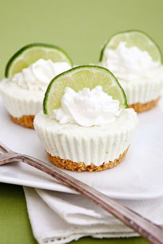 Mini No Bake Key Lime Cheesecakes. These look amazing & Yummyliscious!