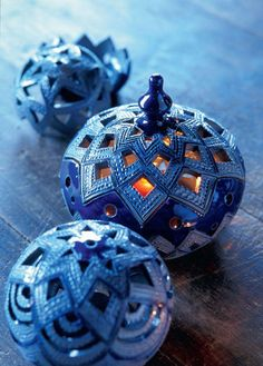 Interior Wall Tile Ideas Using Ceramics Ceramic Clay, Ceramic Bowls, Ceramic Lamps, Pottery Bowls, Pottery Art, Pottery Clay, Candle Lanterns, Candle Jars, Ceramic Lantern