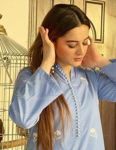 Pakistani Dress Design, Pakistani Dresses, Girls Dp, Cute Girls, Summer Collection, Dress Collection, Black Background Photography, Aiman Khan, Cute Girl Poses