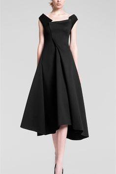 Sfilata Donna Karan New York - Pre-collezioni Autunno Inverno 2013/2014 - Vogue