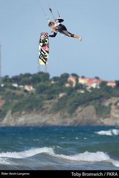 Kevin Langeree - BURN kiteboard world tour Turkey 06.30.2012