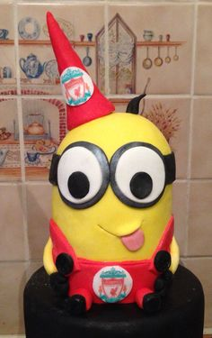 Despicable Me minion birthday cake - this minion is a Liverpool FC fan!