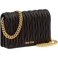 Miu Miu Clutch (€1.025) ❤ liked on Polyvore featuring bags, handbags, clutches, black, miu miu, magnetic purse, chain purse, miu miu handbags and zip purse