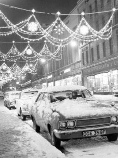 30 pictures that show Scotland as a winter wonderland Glasgow Scotland, Edinburgh, Glasgow Subway, Leeds City, Glasgow City, Visit Santa, Strong Wind, British History, Winter Is Coming