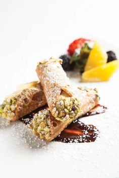 Teatro's celebrity chef serves up creative Mediterranean cuisine in a venue connected to a new arts center in Bonita Springs. Cannoli, Sicilian, Life Photo, Dining, Ethnic Recipes, Food, Theater, Kitchens, Essen