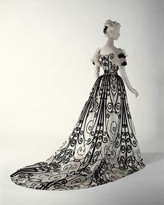 Ball Gown    Jean-Philippe Worth, 1898-1900    The Metropolitan Museum of Art