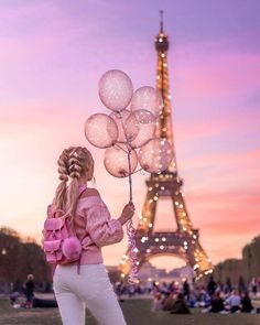 You are don't see Paris. You are like the pictures. You are see Romantic Beutiful paris for click site. Paris Photography, Girl Photography Poses, Creative Photography, Beautiful Girl Drawing, Cute Girl Drawing, Cartoon Girl Images, Cute Cartoon Girl, Cartoon Photo, Thema Paris