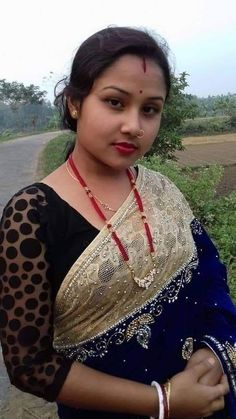 VK is the largest European social network with more than 100 million active users. Beautiful Girl In India, Most Beautiful Indian Actress, Beautiful Lips, Beautiful Saree, Beautiful Things, Beautiful Women, Indian Natural Beauty, Indian Beauty Saree, Indian Sarees