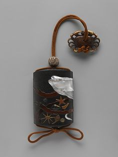 Case (Inrō) with Design of Squid, Shells and Seaweed Hara Yōyūsai  (Japanese, 1772–1845):back side