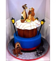 Idée de gâteau pour enfants sur le thème de la Belle et le Clochard. _ Cake idea for children on the theme of the Beautiful and the Tramp.