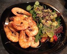 Mediterranean prawns with avocado & alfalfa salad