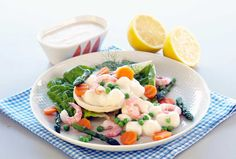 Siera un apelsīnu salāti - Jauns. Norwegian Food, Norwegian Recipes, Fish And Seafood, Coriander, Cobb Salad, Potato Salad, Avocado, Mango, Appetizers