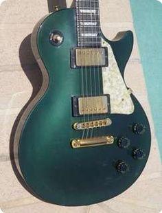 Gibson Les Paul Studio 1993 British Racing Green Guitar For Sale Guitarbroker Custom Electric Guitars, Custom Guitars, Gibson Les Paul Studio, Bass Amps, Guitars For Sale, Beautiful Guitars, Vintage Guitars, Music Instruments, British
