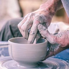 The Winter Bowl is hand-thrown in various stoneware-clays and dipped in a wide range of glazes. It's a beautiful vessel for soups, tea or yogurt. Based on the c