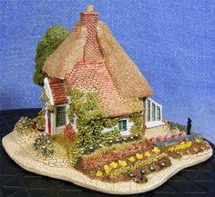 Lilliput Lane - Gardner s Cottage 537               (LL605)