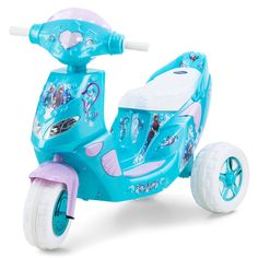 Disney Frozen Power Wheels Ride on Toys. These Disney Frozen Power Wheels battery powered ride on toys are perfect for young girls who loves Disney movies. Disney Frozen Toys, Frozen Dolls, Frozen Kids, Toy Cars For Kids, Toys For Girls, Kids Toys, Baby Girl Toys, Princess Toys, Ice Princess