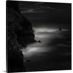 Canvas On Demand Broken Light by Marco Antonio Graphic Art on Canvas Size: