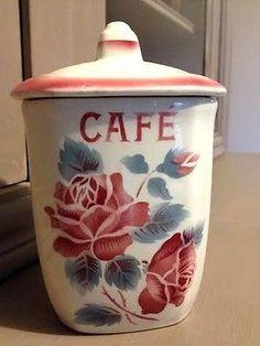 Pot à café en faïence, faisant théoriquement partie d'un ensemble de pots que l'on disposait sur la cheminée autrefois - ma grand-mère avait le même !