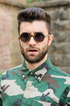Cool Casual Hairstyle for Men with Short Hair