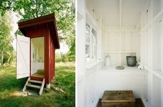 Cutest Outhouse Ever? General Architecture in Sweden Outhouse Bathroom, Outdoor Toilet, Swedish Interiors, Outdoor Bathrooms, Beautiful Farm, Lake Cabins, Cabins In The Woods, Minimalist Living, Tiny Living