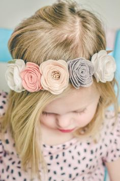 Image of VINTAGE ROSE FLOWER CROWN