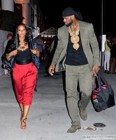 LeBron James and Savannah Brinson Marry and Beyonce Sings - But Is LeBron Ready To Settle Down? Lebron James And Wife, Lebron James Family, Nba Lebron James, Nba Fashion, Sport Fashion, Mens Fashion, Black Love, Black Men, Nike Design