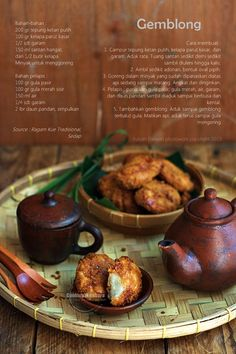 Gemblong - Deep Fried Sticky Rice Coated with Caramel (Yulyan Parwati)
